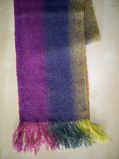 Kauni gewebter Schal