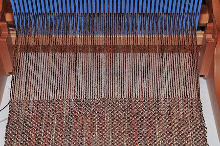 Ashford Knitters Loom weben