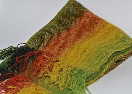 gewalkter handgewebter Schal